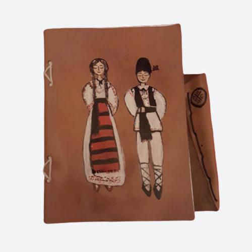 Agendă tradițională din piele naturala lucrata manual handmade breely story