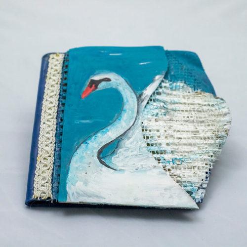 Agenda Breely Story din piele naturala si pictata manual Lebada handmade